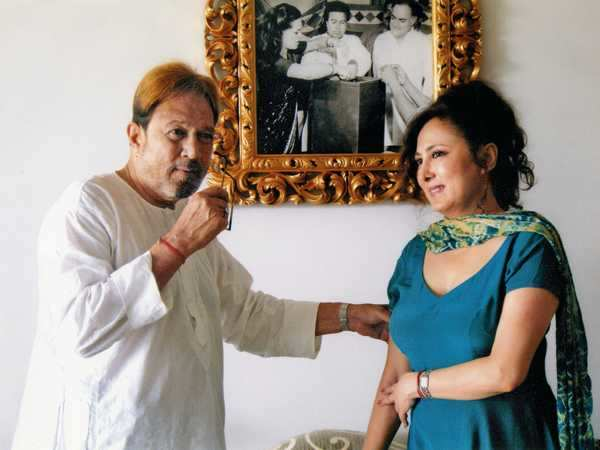 """Exclusive: """"I feel publicly stripped"""" - Rajesh Khanna's alleged girlfriend"""