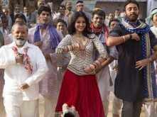 Exclusive: Matru Ki Bijlee Ka Mandola - Title song