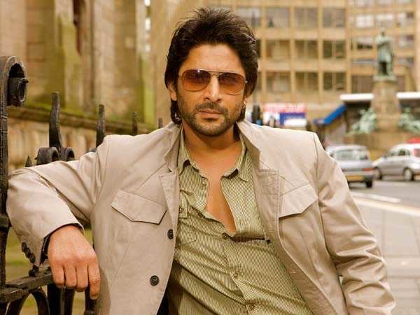 Arshad Warsi's airport woes