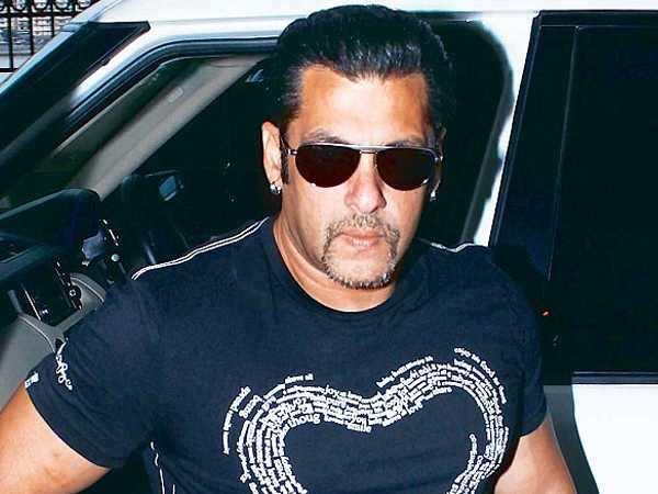 Salman to start a restaurant in Khar?