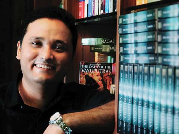 I watched Love Story 4 times in a day - Amish Tripathi