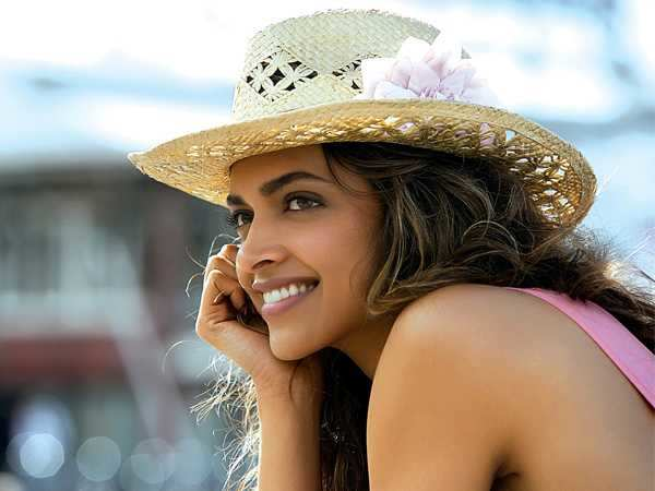 Deepika in Happy New Year