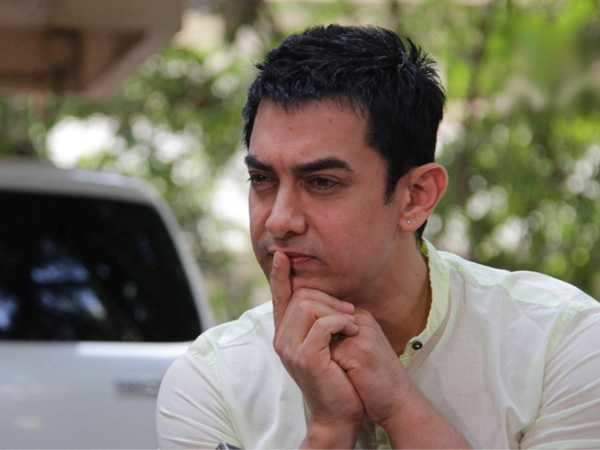 Aamir stays in a shady hotel