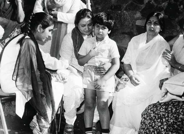 "It's sad Smita couldn't live her dreams"" - Nadira Babbar ..."