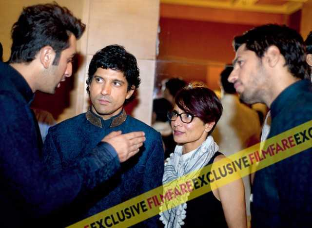 Ranbir Kapoor's catches Adhuna's attention, as Farhan and Sidharth look on
