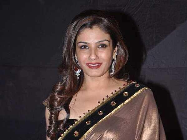Raveena to get intimate?