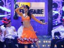 Flashback Filmfare: Priyanka performs at the 56th Idea Filmfare Awards
