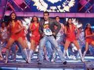 Flashback Filmfare: Salman performs at the 55th Idea Filmfare Awards