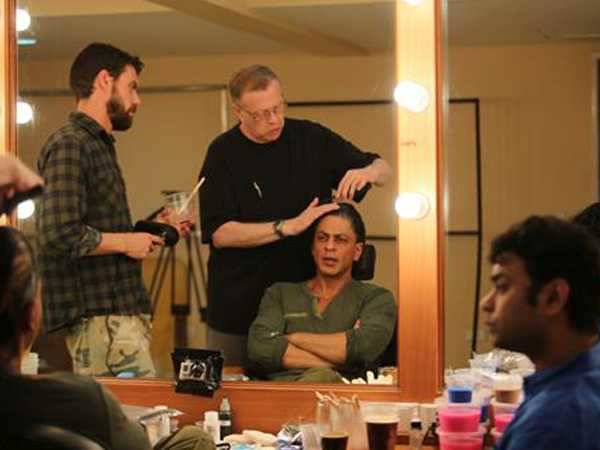 Shah Rukh Khan begins work on Fan