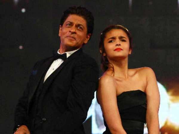Shah Rukh Khan to romance Alia Bhatt