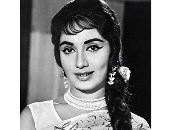 Veteran actress Sadhna passes away