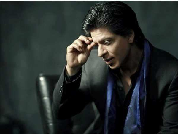 Shah Rukh Khan gets detained at Los Angeles airport