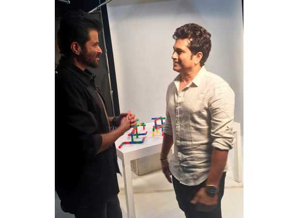 Anil Kapoor and Sachin Tendulkar exchange notes