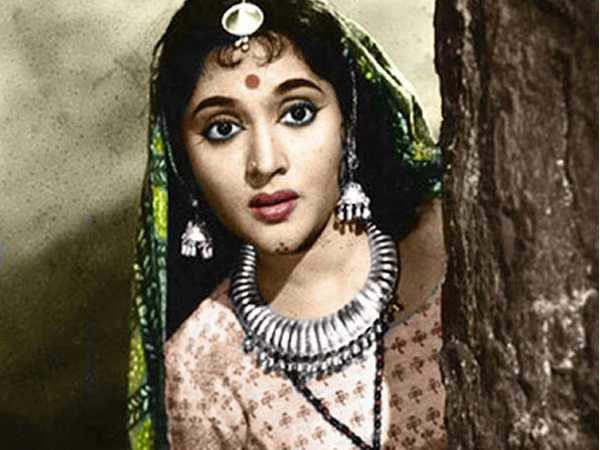 Six must watch Vyjayanthimala classics