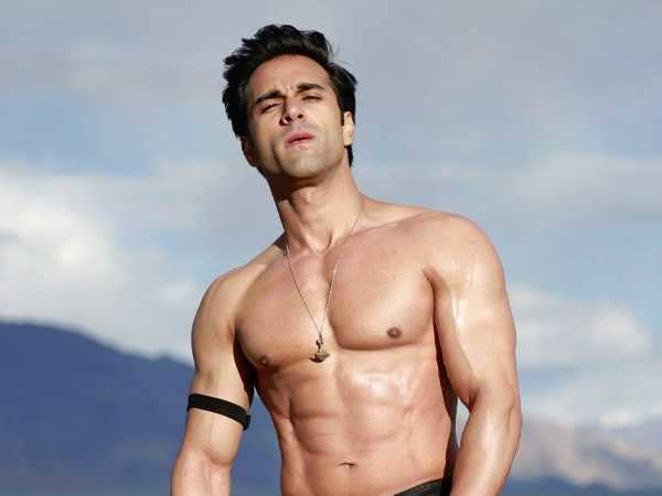 """Saying 'I love you' on reel is more difficult than saying it in real"" – Pulkit Samrat"