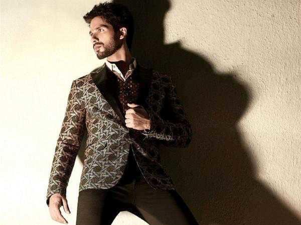 Shahid Kapoor to star in Magadheera?