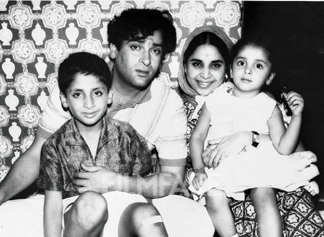 Shashi Kapoor Wife And Family >> Meet the Kapoor family of Bollywood | filmfare.com