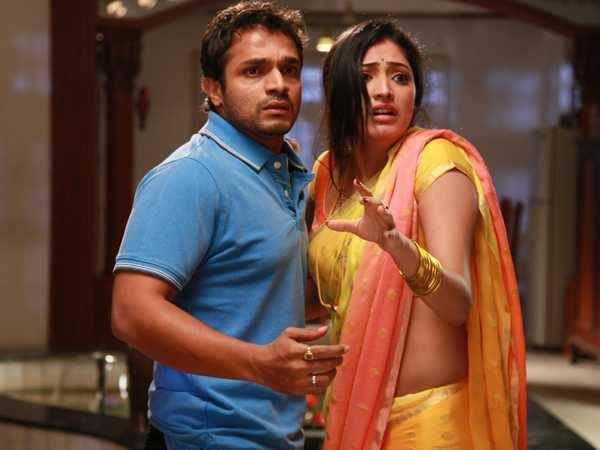 Movie Review: Ranatantra