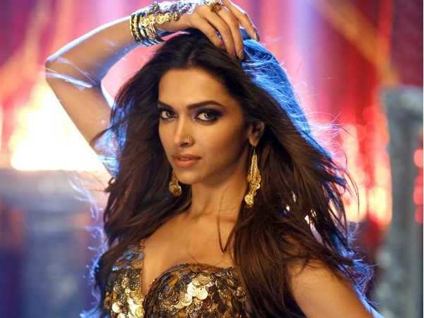 Deepika Padukone all set for an item number in Raabta