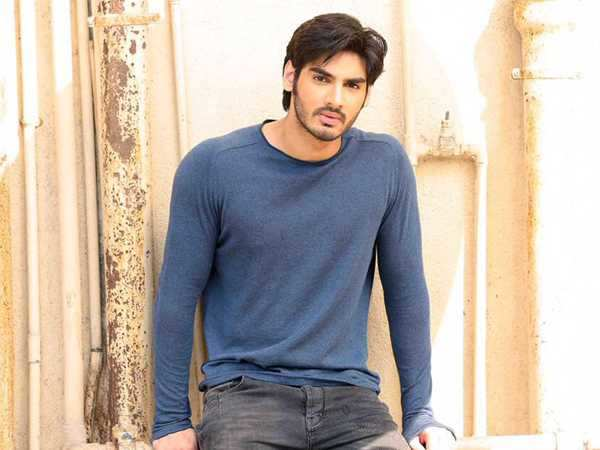 Suniel Shetty's son Ahan Shetty bags his debut film!