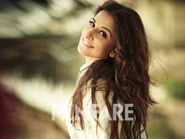 """I'm not addicted to social media"" - Vidya Balan"
