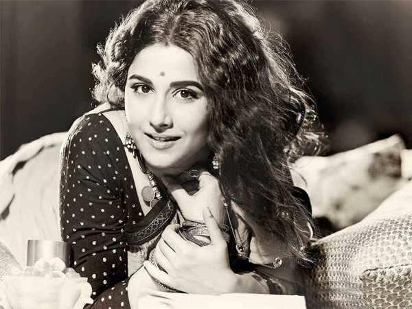 Vidya Balan gears up for the Kamala Das biopic