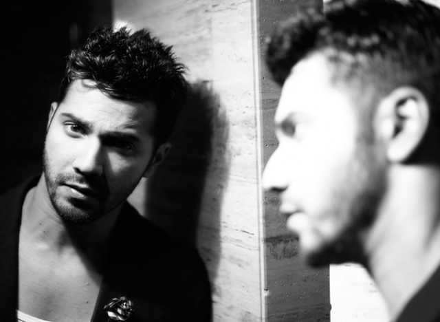 When he couldn't help but stare at a reflection of himself. Who can blame him?
