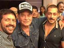 Salim Khan hugs Kabir Khan after watching Salman Khan's Tubelight