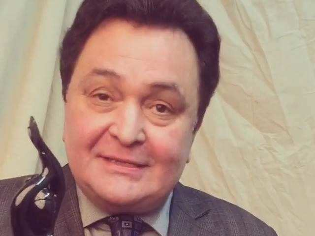 Filmfare Awards 2017 Winner - Rishi Kapoor for Best Actor in a Supporting Role