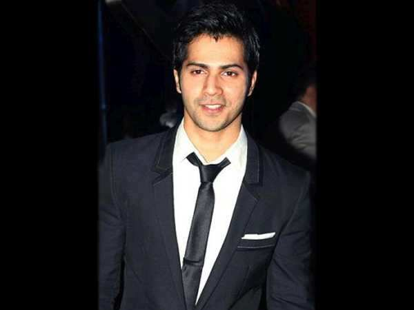 Varun Dhawan shines at his mom Laali Dhawan's 60th birthday bash