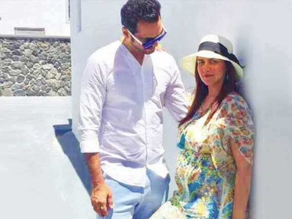 Esha Deol enjoys her babymoon with husband Bharat Takhtani in Greece