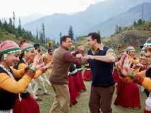 Naach Meri Jaan from Salman Khan and Sohail Khan's Tubelight is bro-mantic