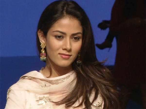 Mira Rajput gets into trouble with traffic cops