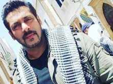 Salman Khan thanks his fans for the support while shooting for Tiger Zinda Hai in Abu Dhabi
