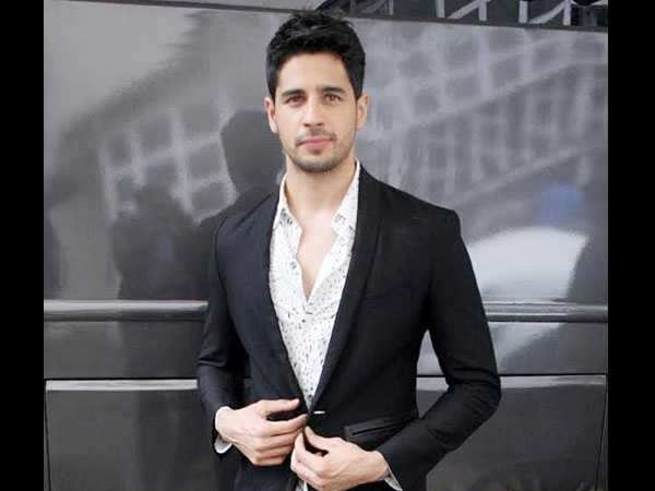 Interesting! Sidharth Malhotra gets candid about kissing on screen