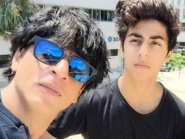 Oops! Did you know Shah Rukh Khan and son Aryan Khan exchange dirty jokes?