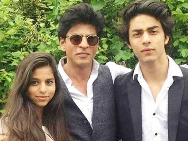 Shah Rukh Khan celebrates Janmashtami. See his dahi handi pic here