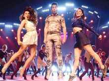 Chalti Hai Kya 9 Se 12 from Judwaa 2 will make you want to hit the dance floor right away