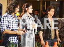 Shah Rukh Khan, Anushka Sharma and Imitiaz Ali promote Jab Harry Met Sejal in Delhi