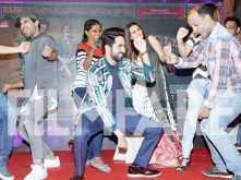 WOW! Ayushmann Khuranna, Kriti Sanon and Rajkummar Rao groove at the music launch of Bareilly Ki Barfi