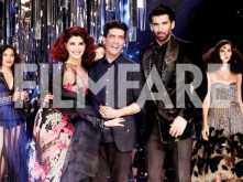 Jacqueline Fernandez and Aditya Roy Kapur look sizzling hot as they turn showstoppers for Manish Malhotra at the Lakme Fashion Week