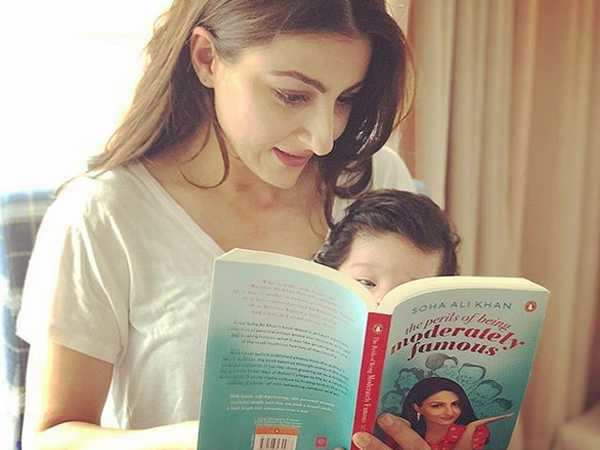 This picture Inaaya Kemmu reading mommy Soha Ali Khan's book is adorable