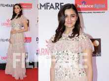 Alia Bhatt shines bright at the Reliance Digital And Filmfare Glamour And Style Awards