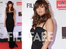 Esha Gupta channels her sexy vibe at the Reliance Digital And Filmfare Glamour And Style Awards