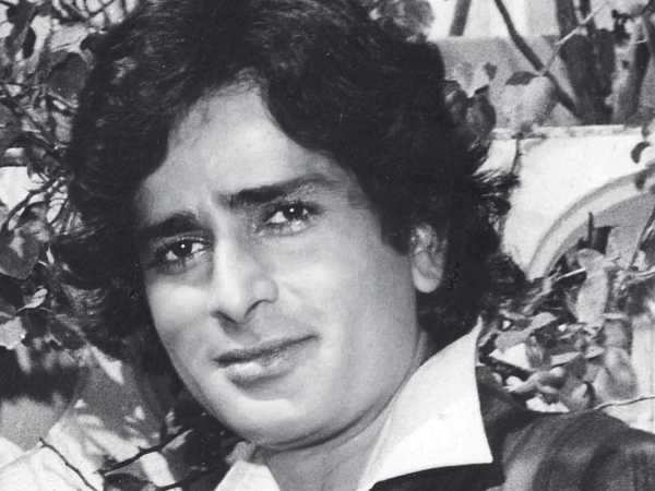 Breaking! Veteran actor Shashi Kapoor passes away at 79