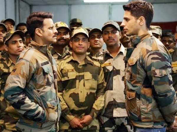 Sidharth Malhotra and Manoj Bajpayee have a face off in Aiyaary's new still