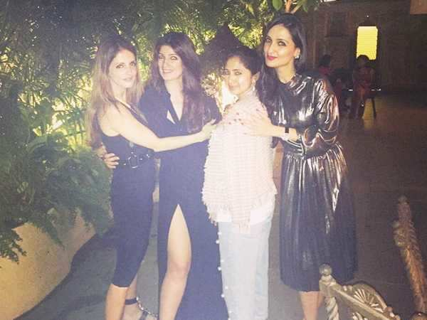 Twinkle Khanna celebrates sister Rinke Khanna's birthday with besties Sussanne Khan and Anu Dewan