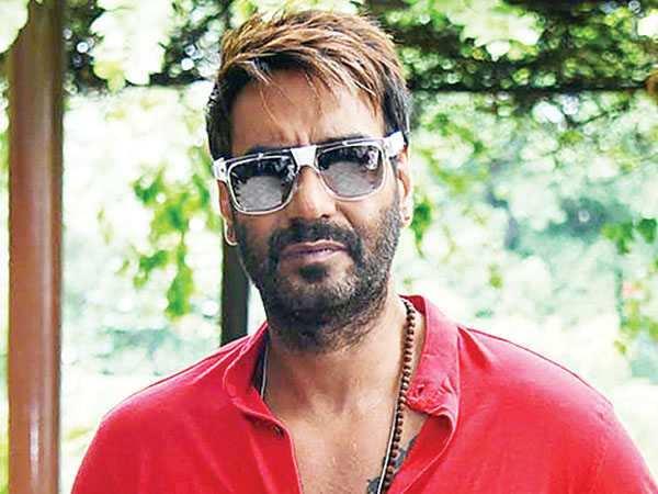 Ajay Devgn works despite pain