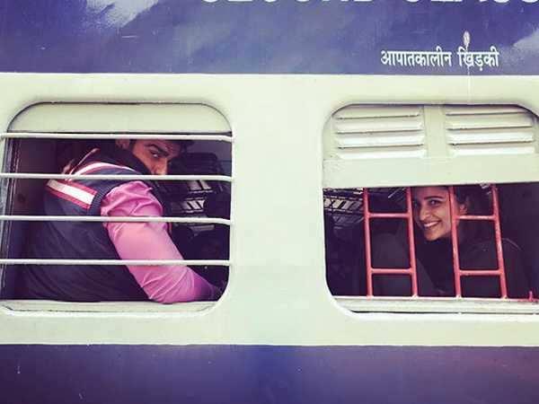 First look of Arjun Kapoor and Parineeti Chopra starrer Sandeep Aur Pinky Faraar