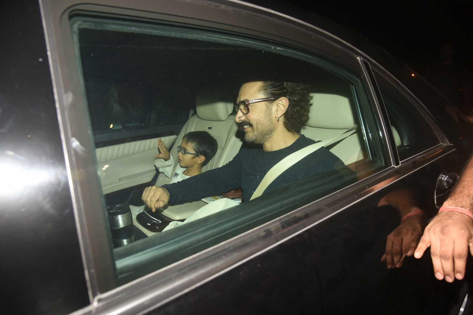 aamir khan with son aazad